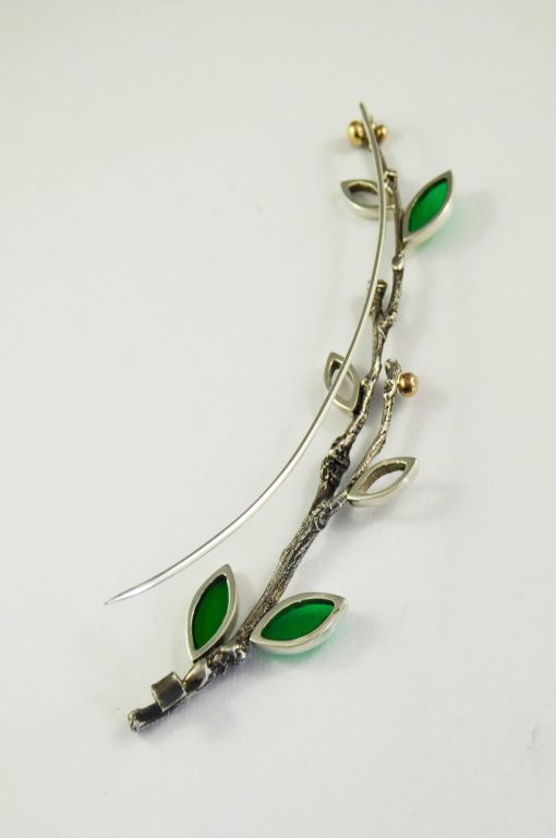 brooch-camellia-tree-twig-casting-resin-leaves-pink-sapphires