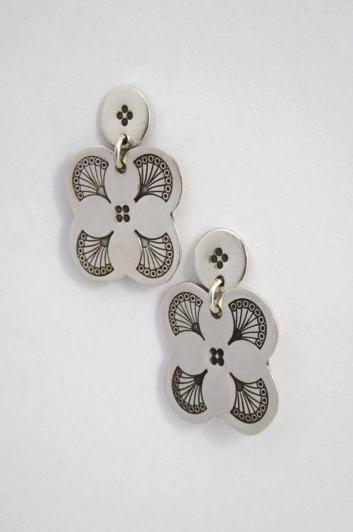 fan-fancy-stud-earrings-hand-stamped-detailed-sterling-silver