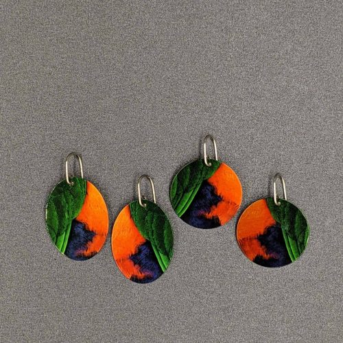 funky-earrings-king-parrot-feathers-sublimated-aluminium