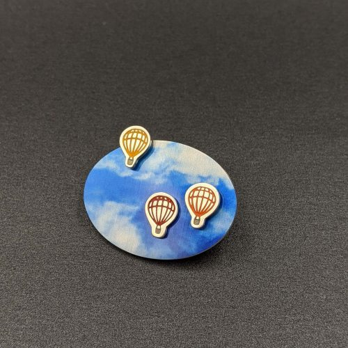 hot-air-balloon-brooch-contemporary-handmade-jewellery